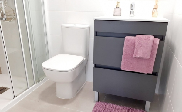 7 Bathroom ensuite
