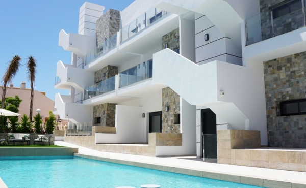 Beautiful Apartments available in Los Arenales