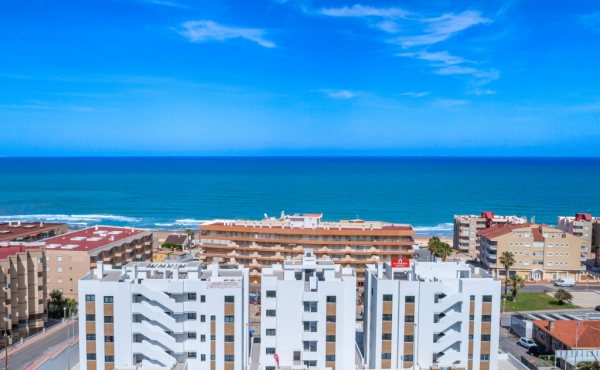 Mare Nostrum is a lovely residential located in Guardamar del Segura. It's only 2 minutes walking distance to the beach