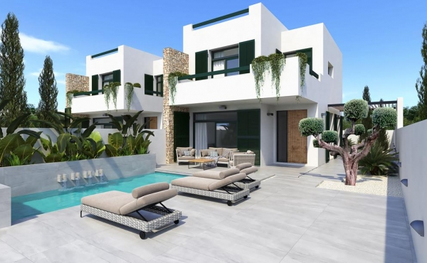 A lovely development of Semi Detached and Detached Villas with private pools