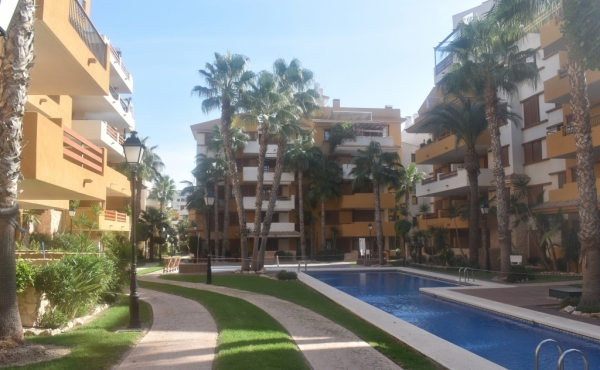 1st Floor Apartment in Punta Prima